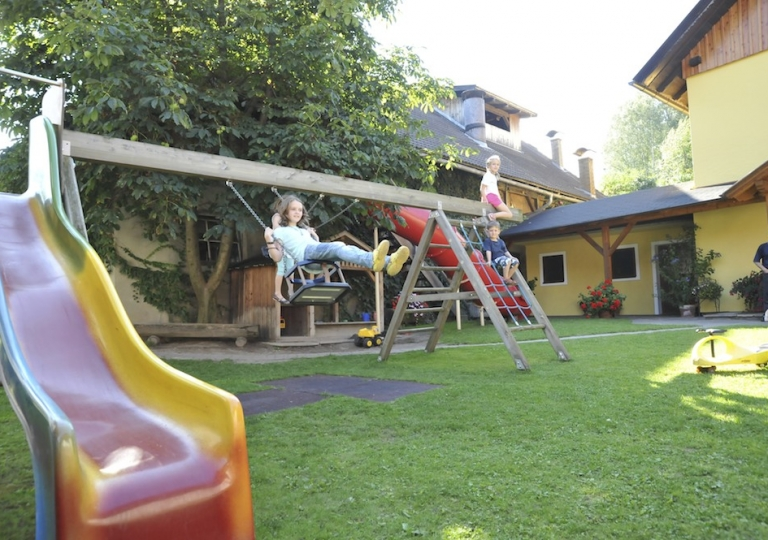 kinder-spielplatz-2